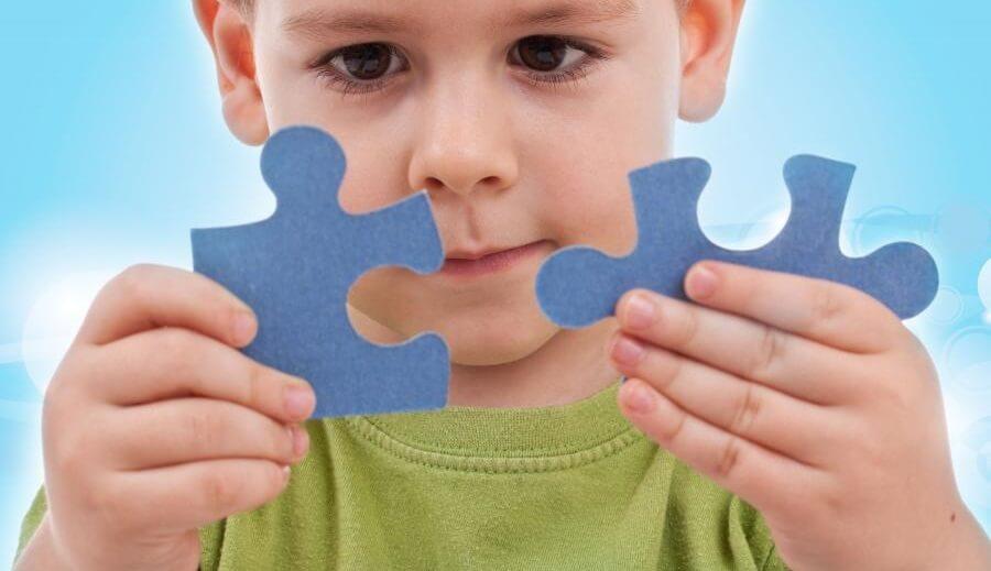 Autyzm a zmarszczki nakątne (zdjęcia)